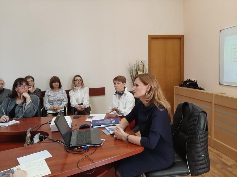 Состоялся семинар «Использование потенциала школы-лаборатории учебно-научно-инновационного кластера для подготовки учащихся к выбору педагогической профессии»